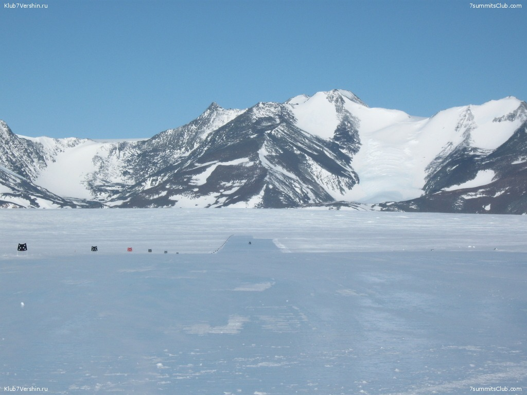 Antarktica 2011. Union Glecier. Solo, photo 12