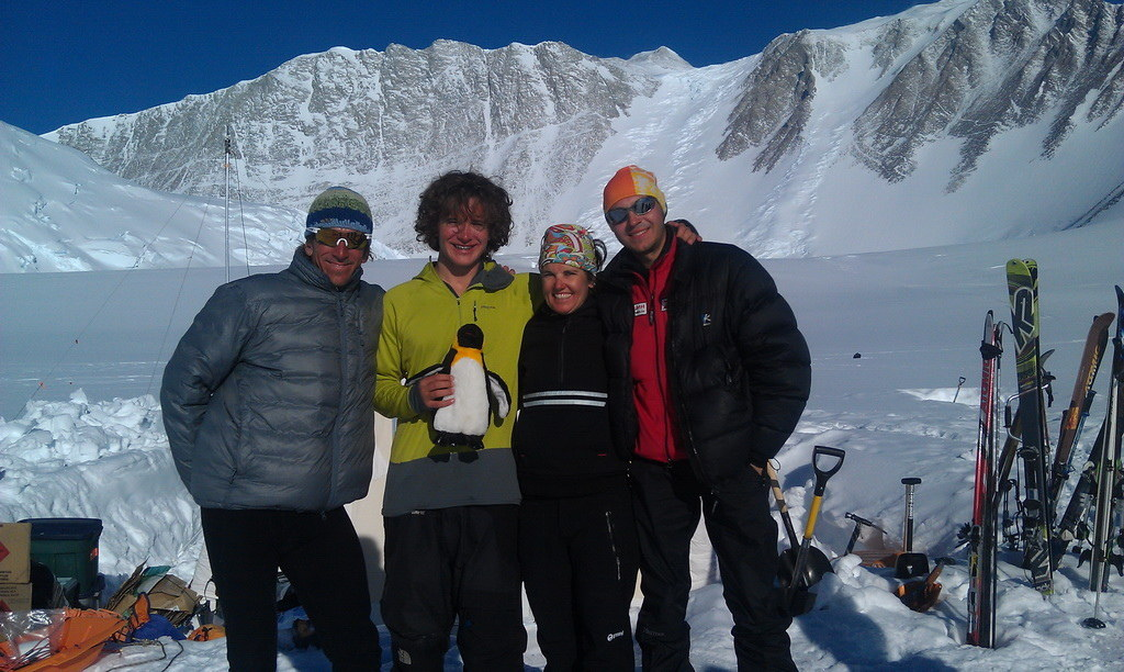 Mount Vinson 2011. Dima Ermakov, photo 2