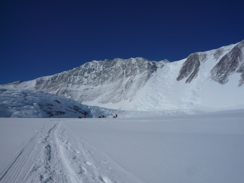 Mount Vinson 2011. Dima Ermakov, photo 11