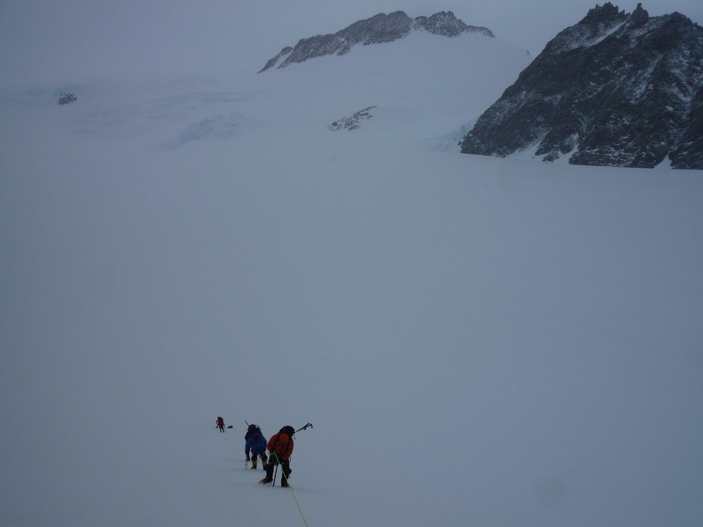 Mount Vinson 2011. Dima Ermakov, photo 23