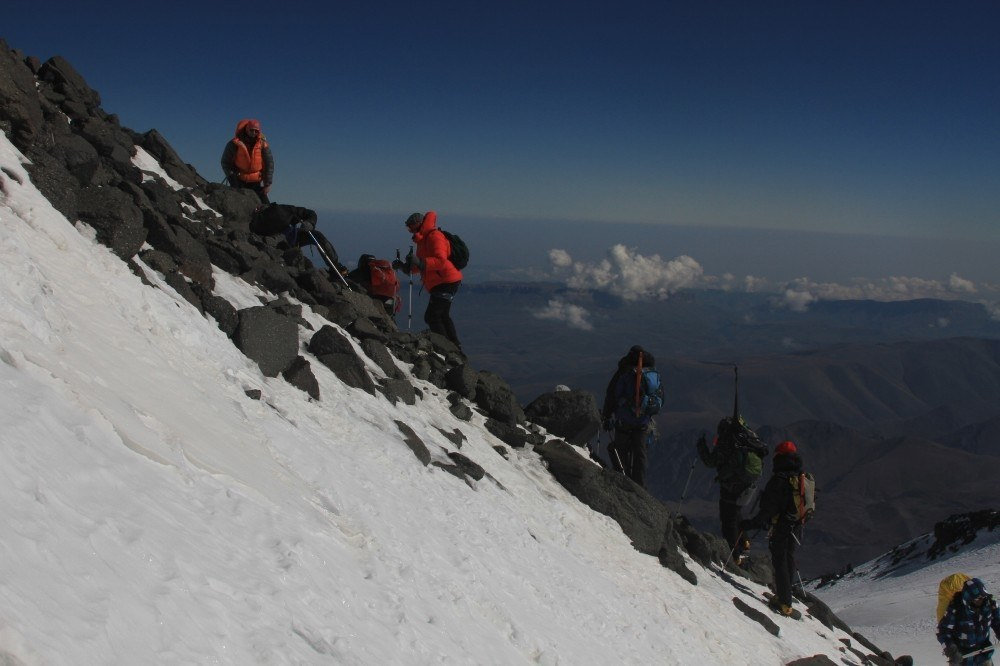Alpari on Elbrus, photo 12